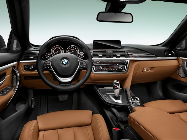 2014 BMW 435i Convertible dash