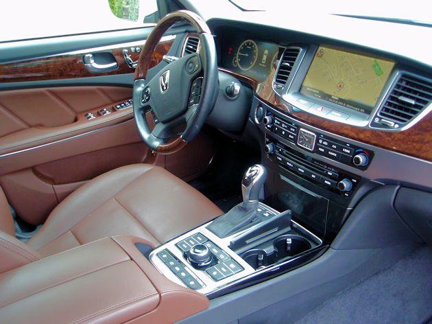 2014 Hyundai Equus dash