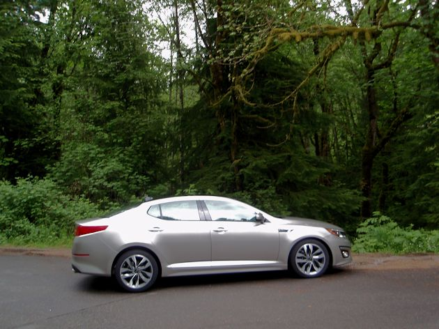 2014 Kia Optima side