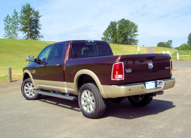 towing capacity of ram 2500 6 4 hemi autos post. Black Bedroom Furniture Sets. Home Design Ideas