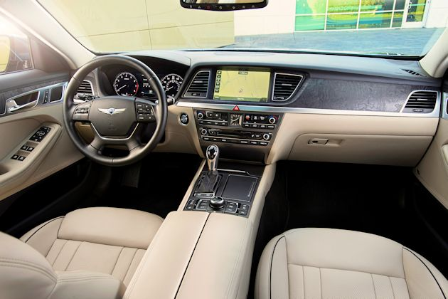 2015 Hyundai Genesis dash