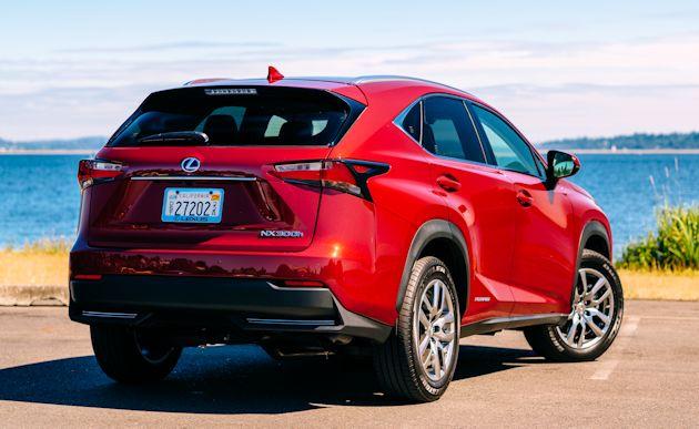 2015 Lexus NX 300h rear