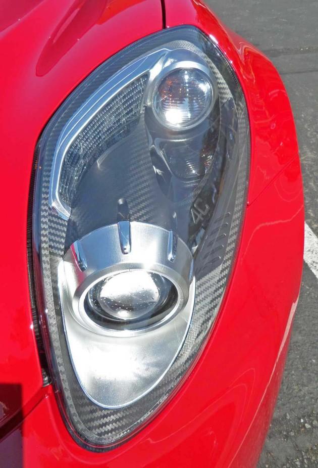 Alfa-Romeo-4C--Hdlght
