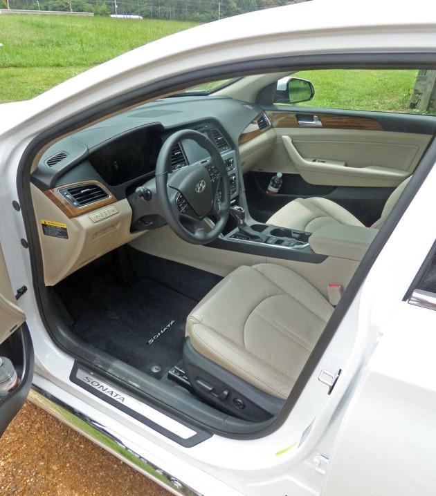 Hyundai-Sonata-Int