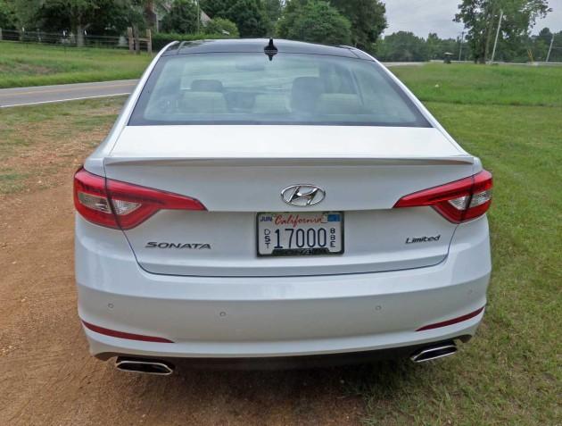 Hyundai-Sonata-Tail
