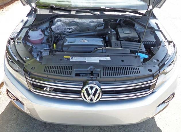 VW-Tiguan-2.0T-Eng