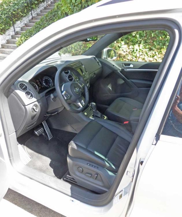VW-Tiguan-2.0T-Int