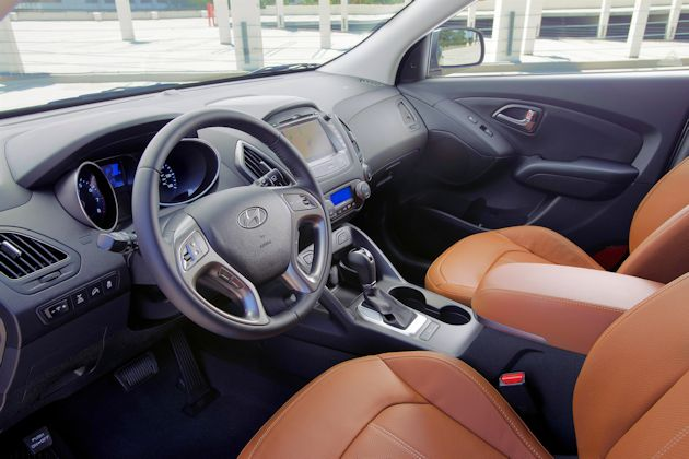 2014 Hyundai Tucson interior