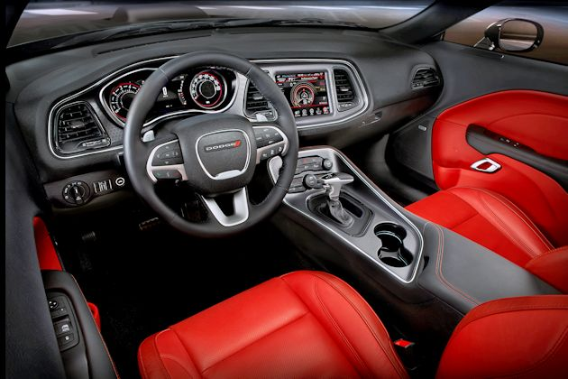 2015 Dodge Challenger dash