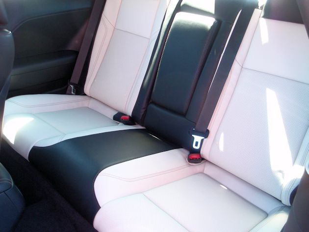 2015 Dodge Challenger rear seat