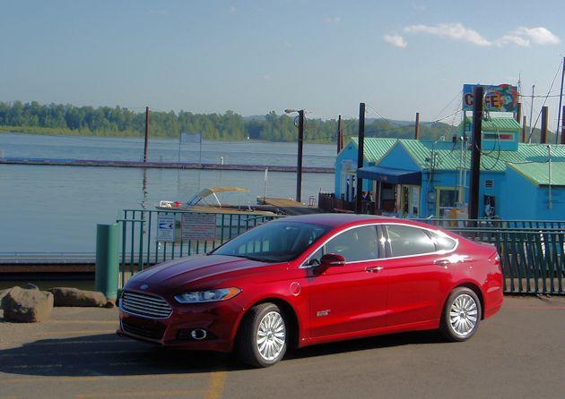 2015 Ford Fusion Energi frontq