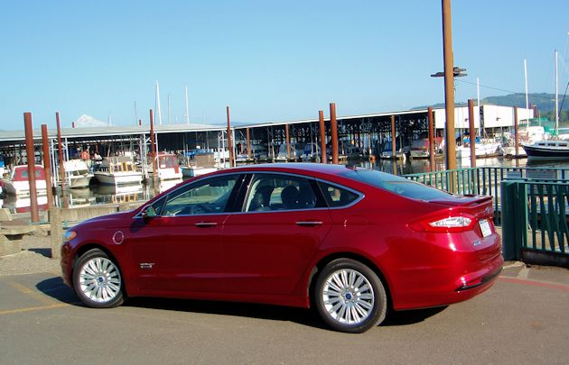 2015 Ford Fusion Energi side