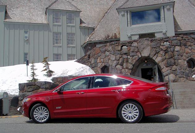 2015 Ford Fusion Energi side2