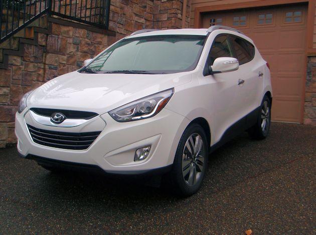 2015 Hyundai Tucson front