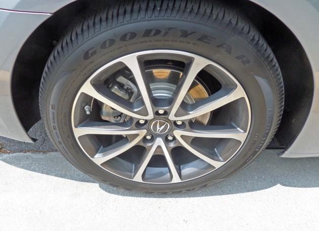 Acura-TLX-Whl-Slv