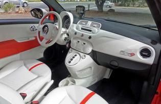 Fiat-500e-Int-RS