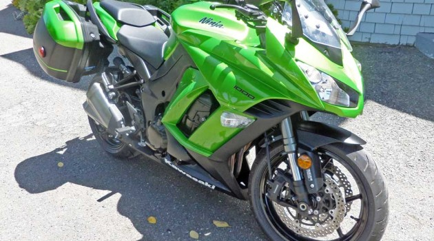 2014 Kawasaki Ninja 1000 ABS Bagger Test Ride