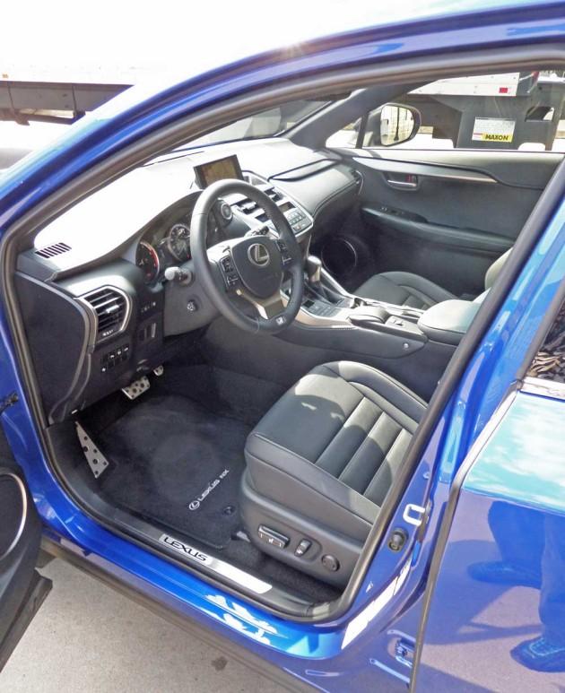 Lexus-NX-300h-Eng