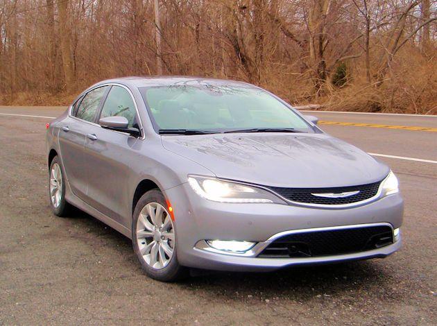 2014 Chrysler 200 front
