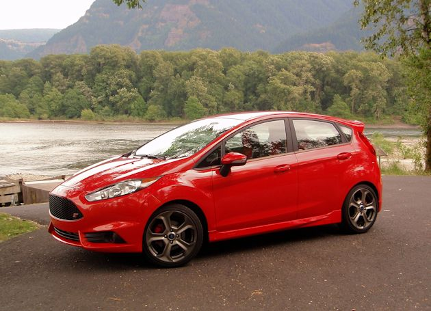 2014 Ford Fiest ST front q