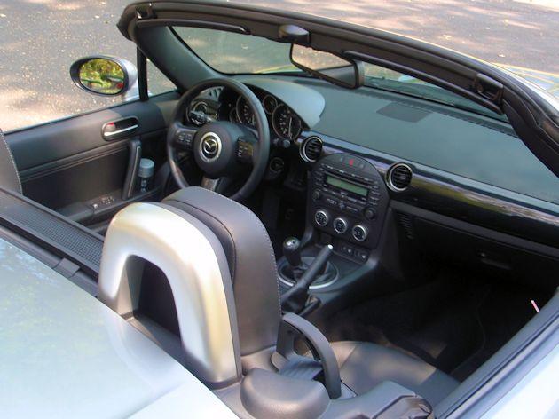 2014 Mazda MX-5 Miata interior
