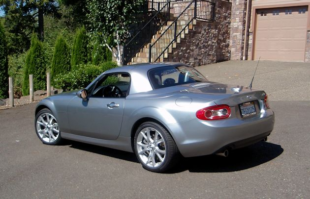 2014 Mazda MX-5 Miata top up rear