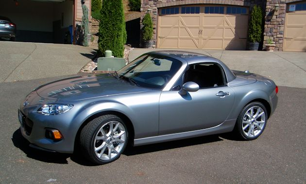 2014 Mazda MX-5 Miata top up side