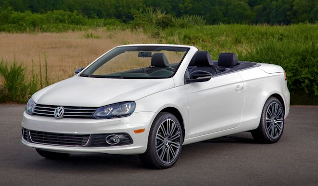 2015 VW Eos front top down