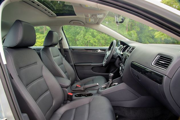 2015 VW Jetta interior