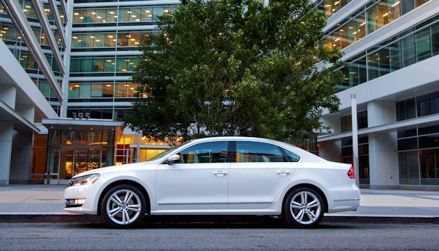 2015 VW Passat side