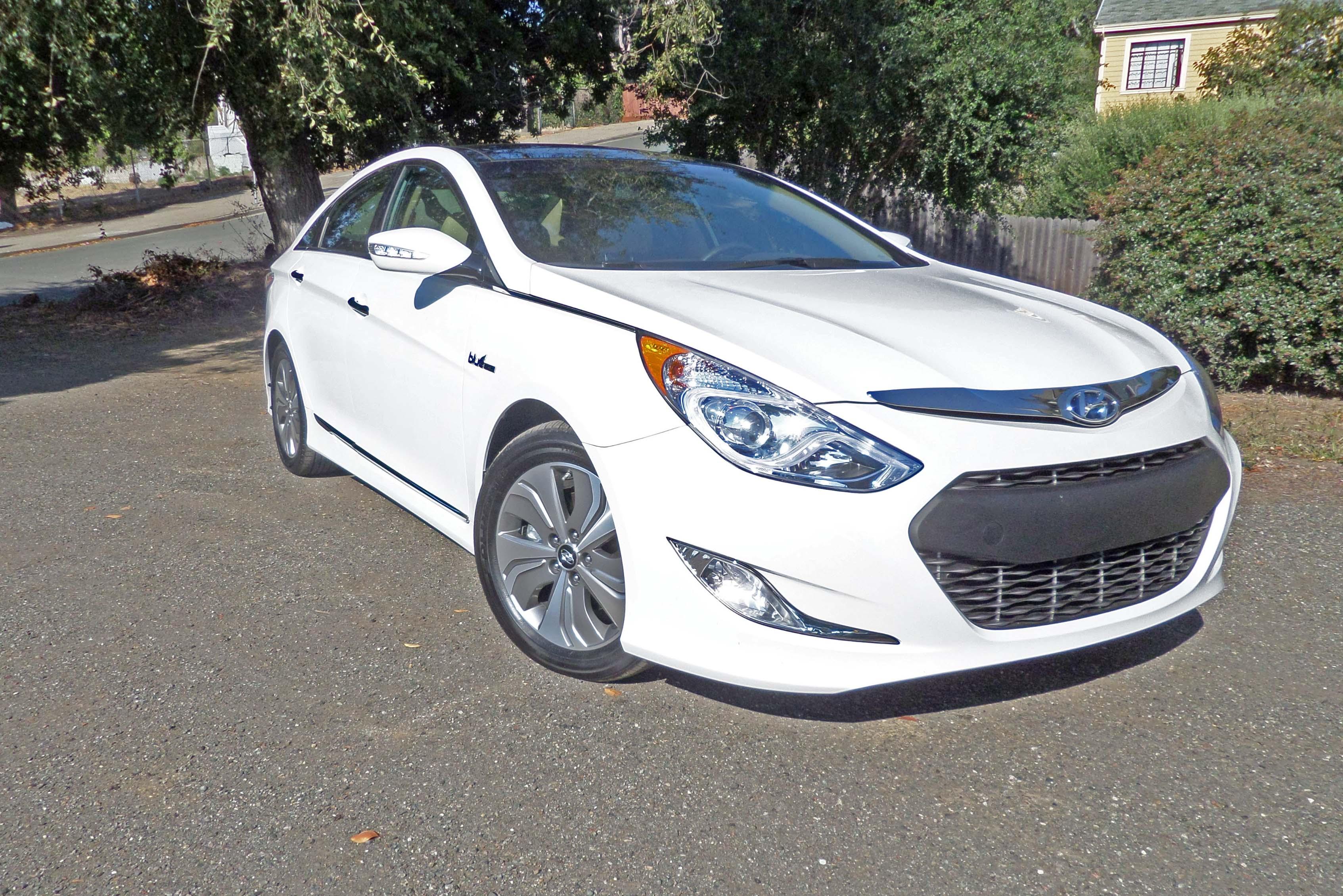 Hyundai-Sonata-Hybrid-RSF