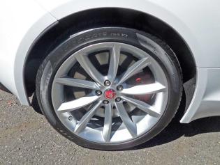 Jaguar-F-Type-S-V6-Coupe-Whl