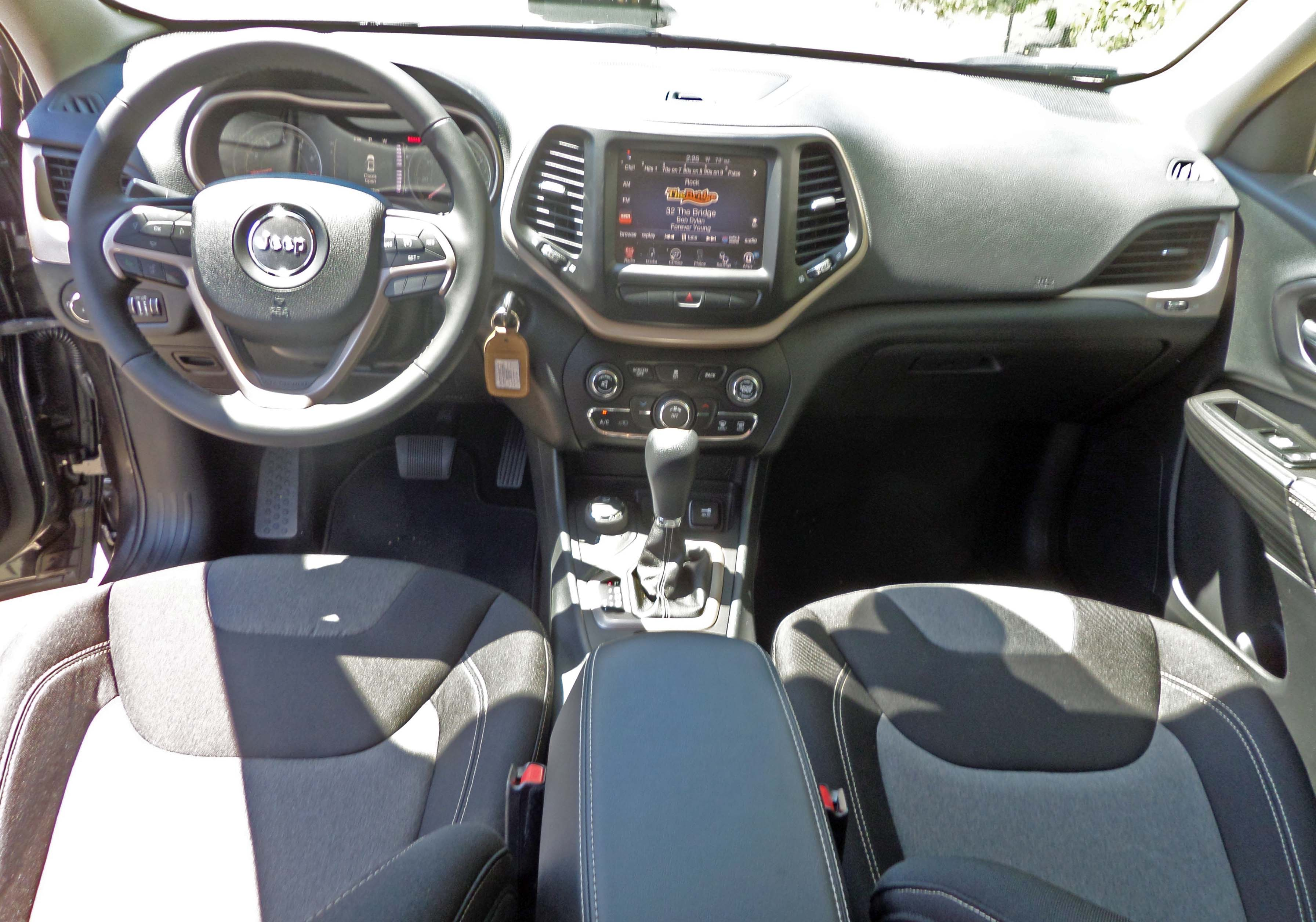 2014 Jeep Cherokee Latitude 4 4 Test Drive Our Auto Expert