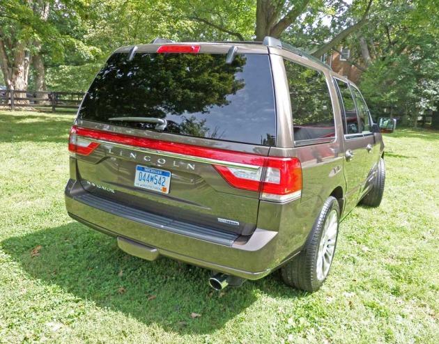 Lincoln-Navigator-RSR
