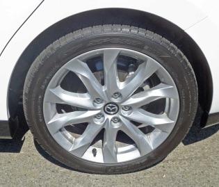 Mazda3-S-GT-5-DR-Whl