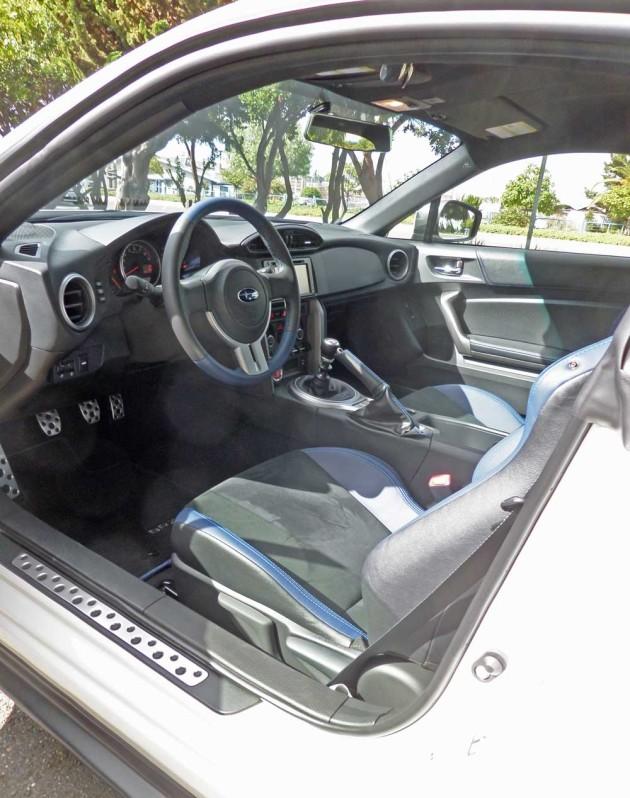 Subaru-BRZ-LS-Int