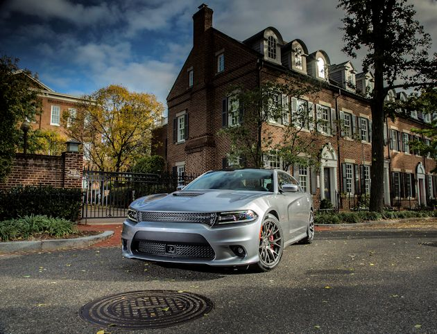 2015 Dodge Charger 392 front Q