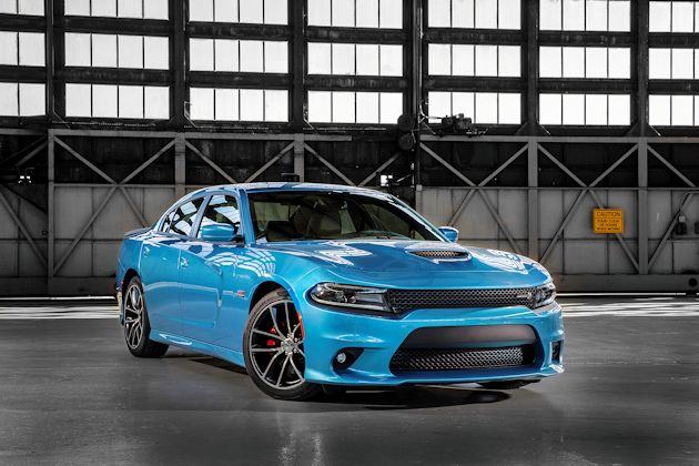 2015 Dodge Charger 392 front