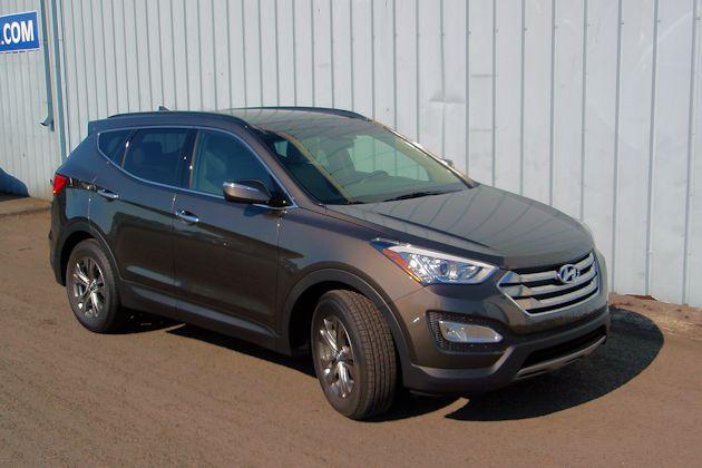 2015 Hyundai Santa Fe Sport front q