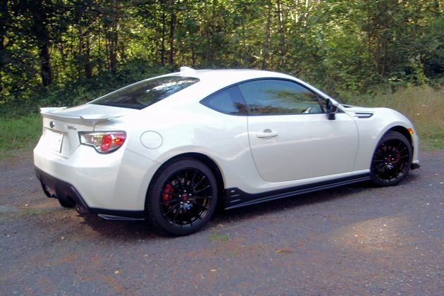 2015 Subaru BRZ rear q2