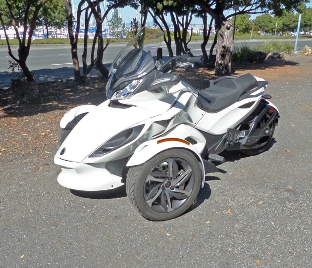 Can-Am-Spyder-LSFF