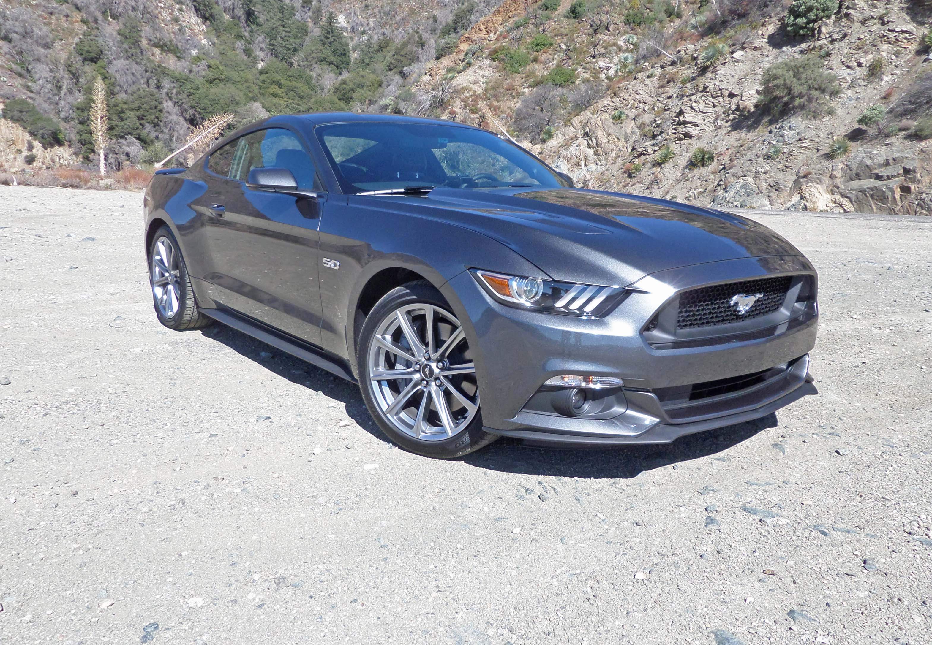 2015 ford mustang coupe test drive