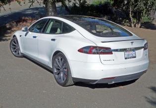 Tesla Model S P85+ LSR
