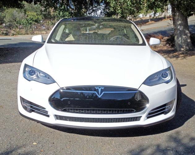 Tesla Model S P85+ Nose
