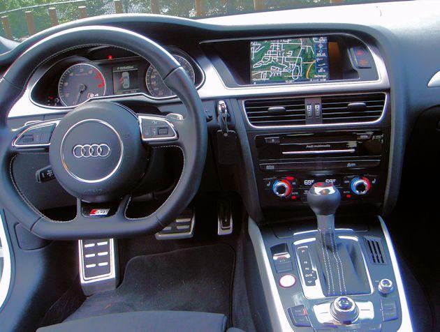 2014 Audi S4 dash