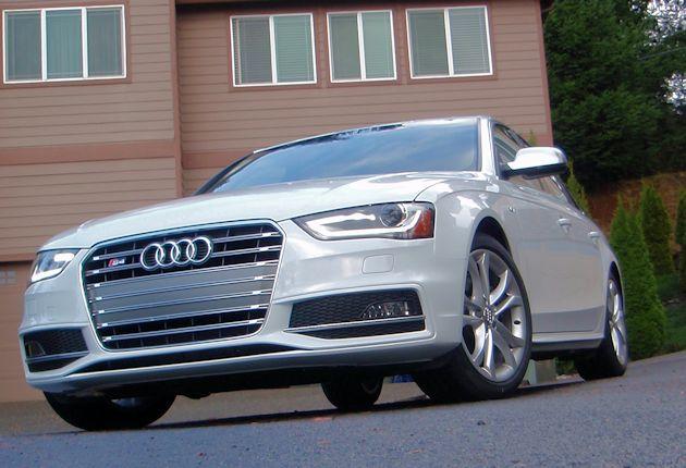 2014 Audi S4 front