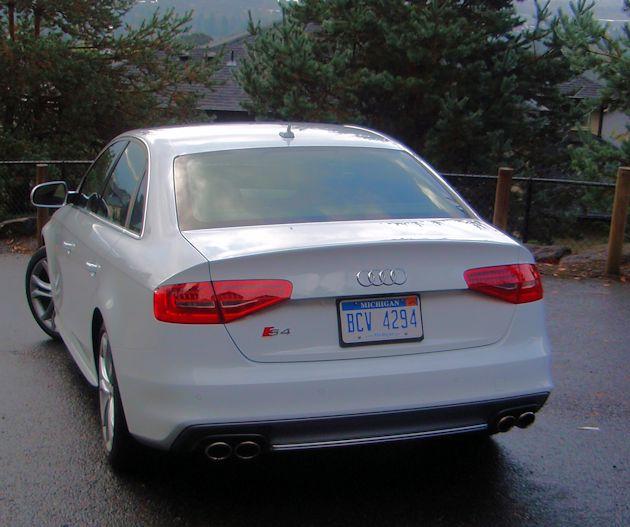 2014 Audi S4 rear