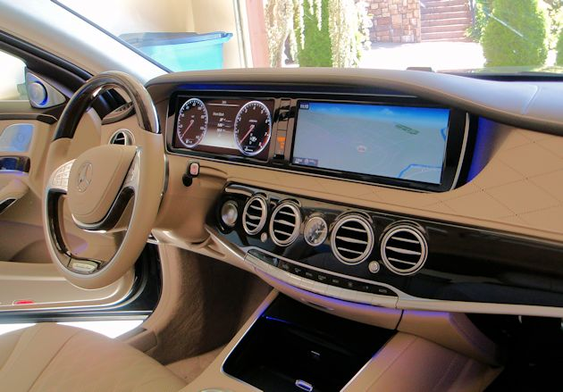 2014 Mercedes-Benz S550 dash