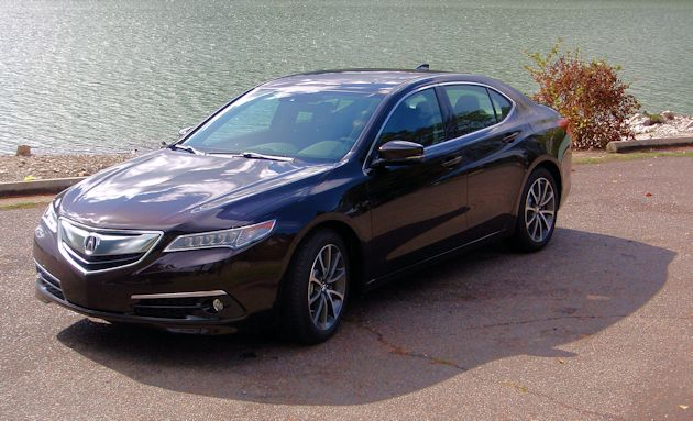 2015 Acura TLX front q2