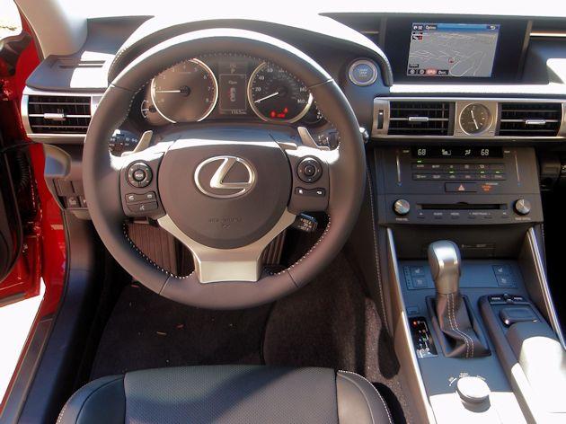 2015 Lexus IS 250 dash